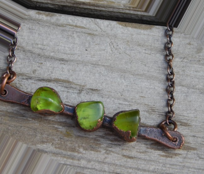 peridot-necklace